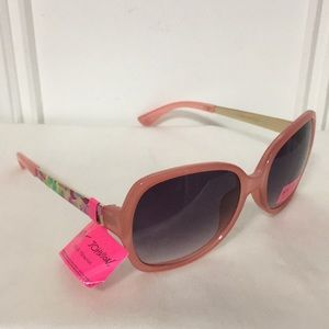 New Betsey Johnson Sunglasses